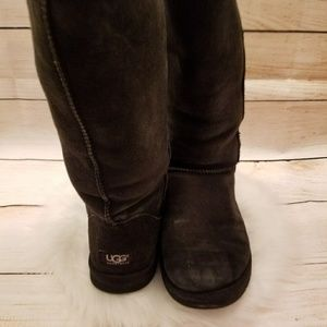 UGG fur lined high boots black size 8